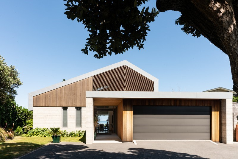 Design Landmark Beachfront
